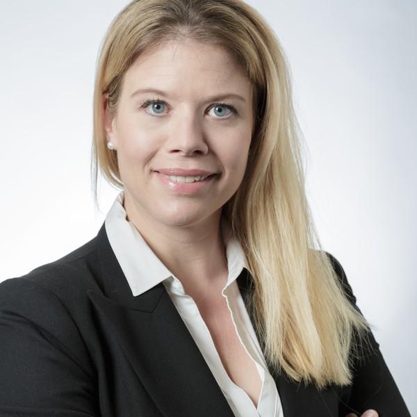 Dr. Dominique  Bourqui